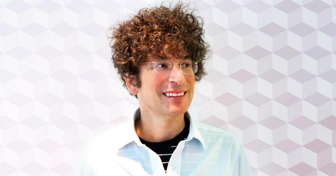 103893168-James-Altucher---photo-credit-Jake-Newman.1910x1000.jpg